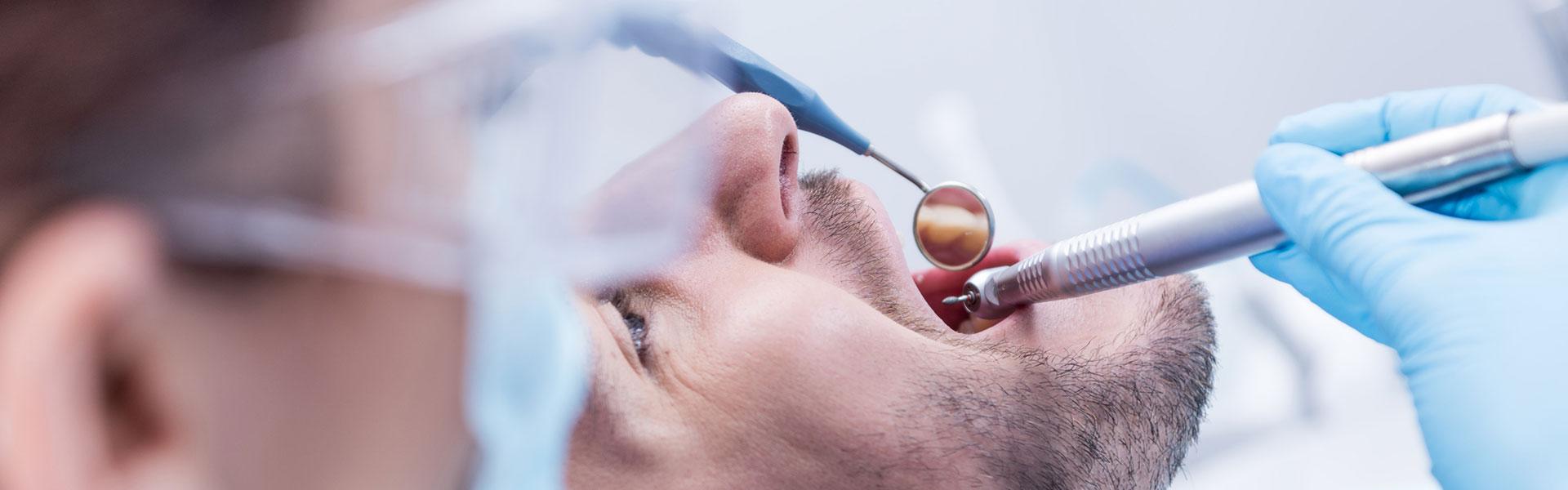 A man having a dental sugary at the dental